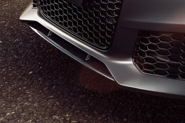 Audi RS6 Frontspoiler vorne mittig Carbon